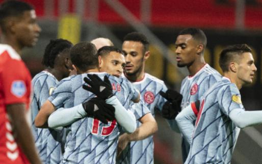 Ajax-spelers juichen niet na maken doelpunt: