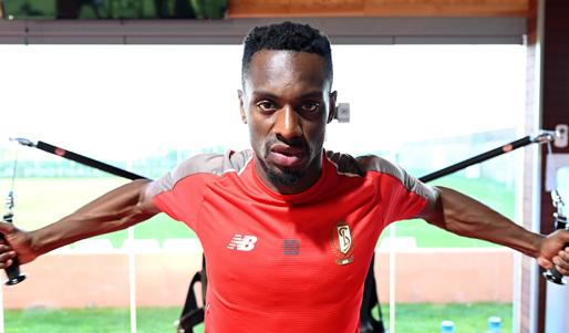 Mpoku (ex-Standard) laat zich uit over terugkeer naar België: