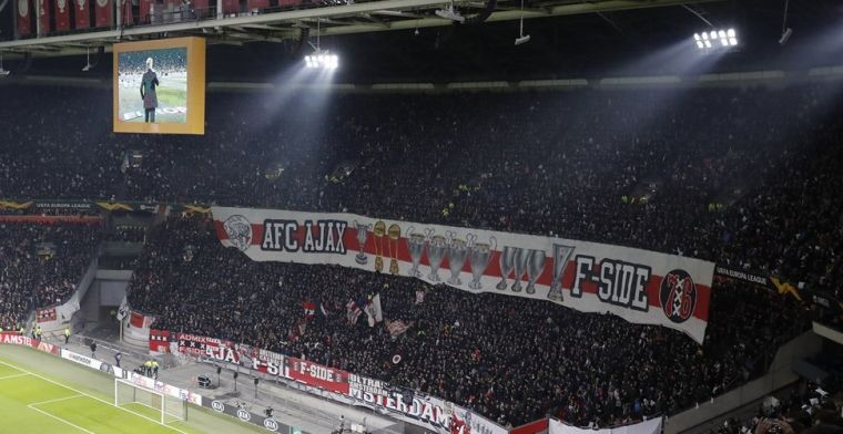 'Niet op Anfield met Ajax, maar met vrouw en kind voor de tv: een schril contrast'