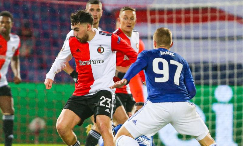 Afbeelding: Armoedig Feyenoord gaat kopje onder in De Kuip en móet winnen in Oostenrijk