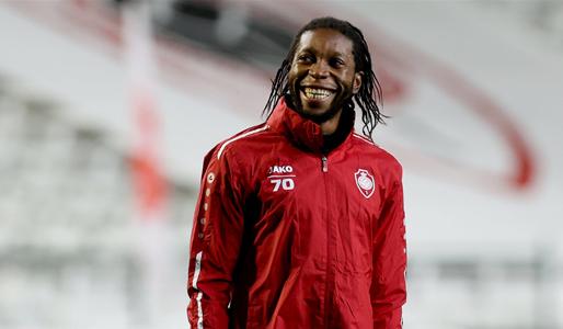 Mbokani (35) zit in een dip, D'Onofrio wil nieuwe spits naar Antwerp halen