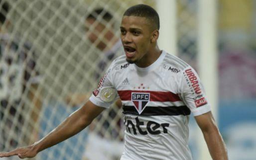 Afbeelding: UOL Esporte: 'Beste club voor zijn toekomst, Ajax mist specialist in punt aanval'