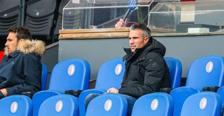 Van Persie begrijpt Ajax-spits Brobbey: 'Hebt er hartstikke goede speler achter'