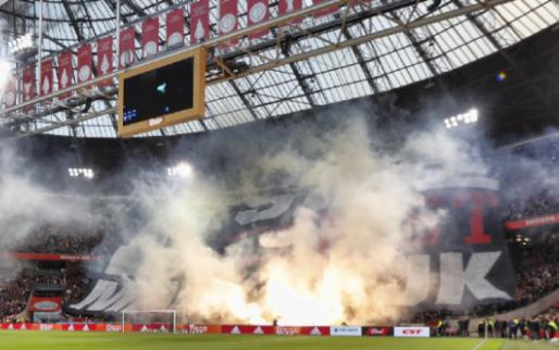 'De spelers van Ajax worden ondersteund, maar ik mag er nog niks over zeggen'