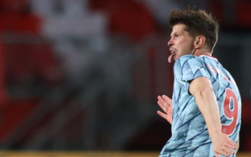 'Ajax stelt geduld Schalke 04 op de proef, Huntelaar speelt tegen Feyenoord'