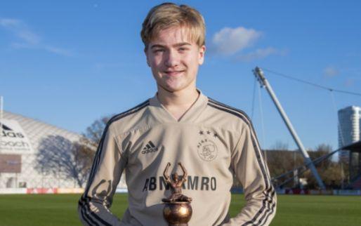 Telegraaf: Borussia Dortmund berooft Ajax van talentvolle spits (15)