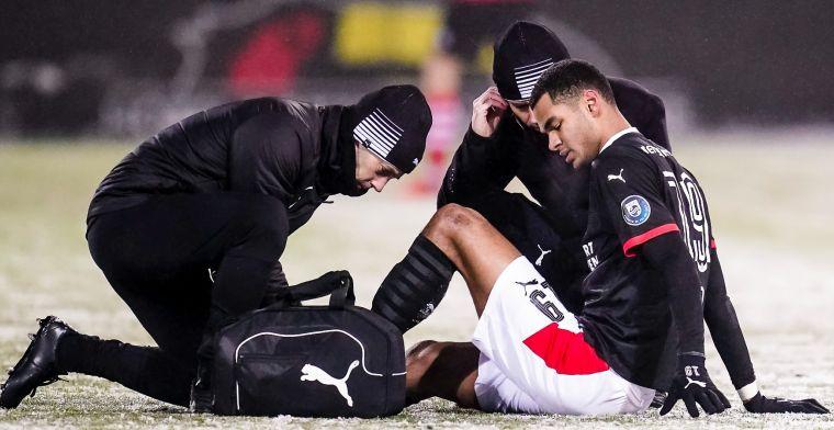 'Vrees van Schmidt komt uit: Gakpo voorlopig niet in actie voor PSV'