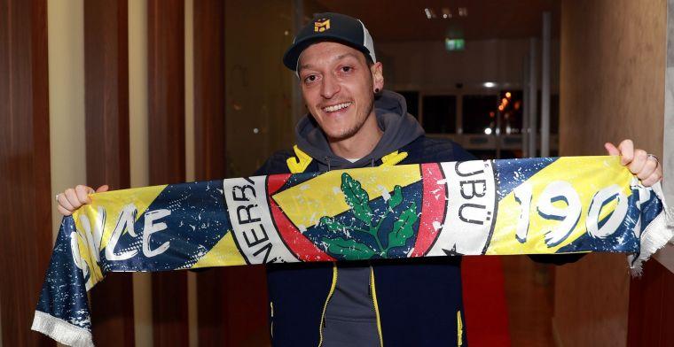 Özil beëindigt Arsenal-huwelijk en rondt transfer naar Fenerbahçe definitief af