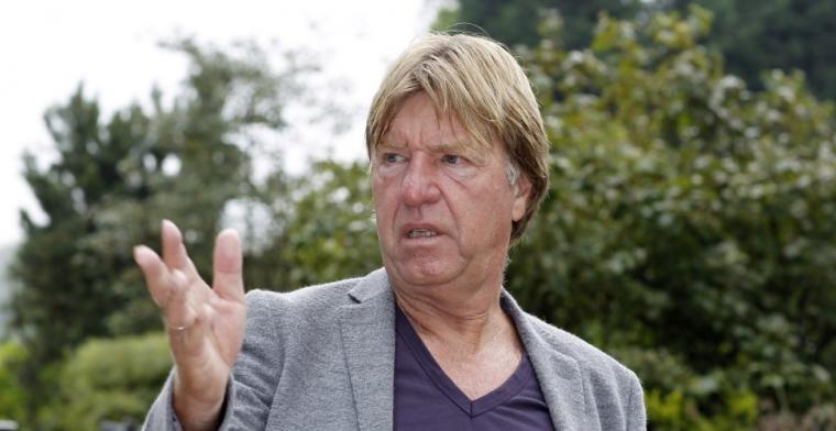 De Mos ziet 'veel problemen' bij Ajax: 'Ze zakken door het ijs, zit geluk bij'
