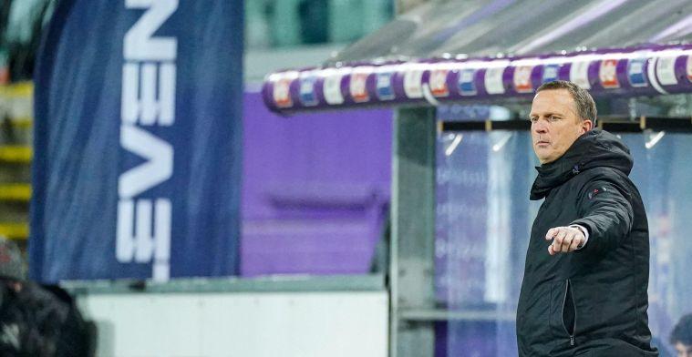 Van den Brom is trots op KRC Genk-spelers: Ik kan niet anders dan blij zijn