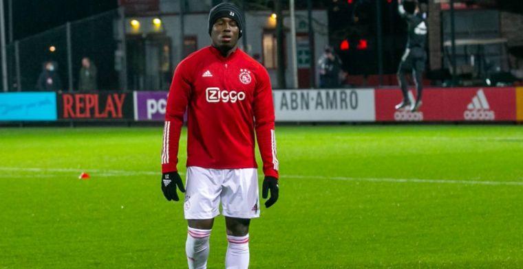 Van Wonderen reageert koeltjes op basisplaats Traoré bij Jong Ajax