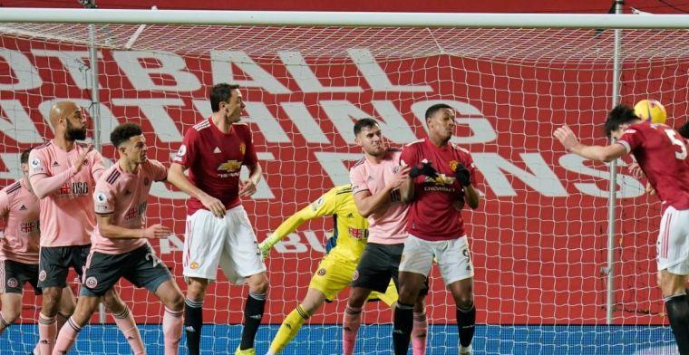 Man United geeft het helemaal weg en verliest van hekkensluiter Sheffield United