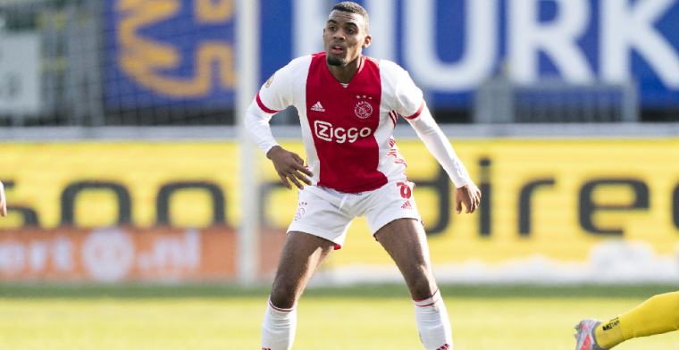 Gravenberch stelt fans gerust: 'Ajax is mijn club, ik speel hier nog wel even'