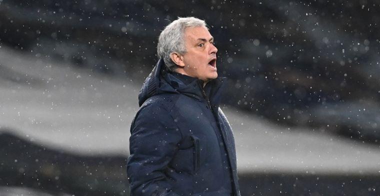 Mourinho kan woede niet inhouden na nederlaag: 'Jij verdient geen antwoord'