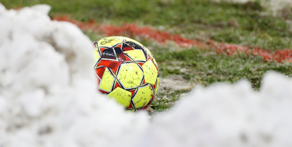 Geen 1B-voetbal op zondag: weersvoorspellingen zorgen voor uitgestelde duels
