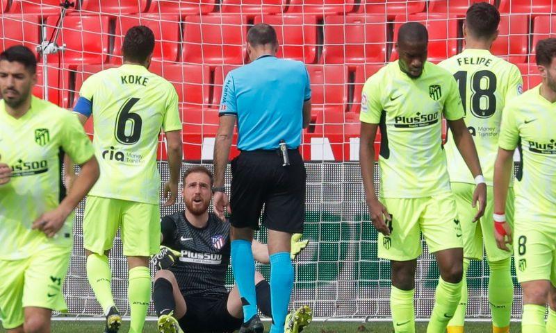Afbeelding: Atlético wint na van richting veranderd schot en werkt verder aan titeldroom