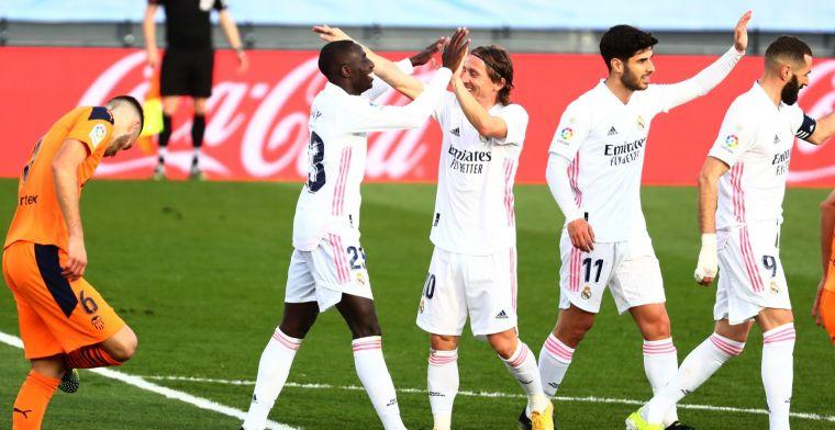 Real Madrid kan tijdens wedstrijd tegen weerloos Valencia al rust pakken