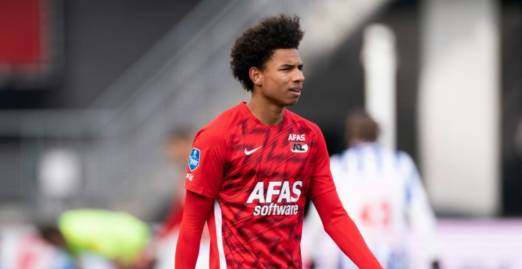 Update: AZ-trainer Jansen reageert op Stengs-nieuws: 'Erg vervelend'