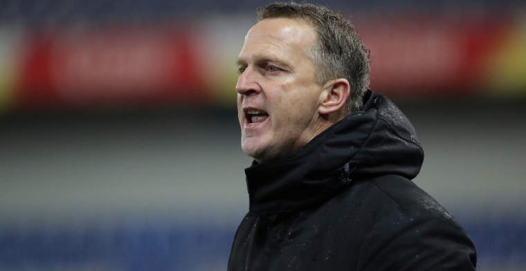 Van den Brom lijkt nu echt te moeten vrezen voor ontslag na nieuwe nederlaag