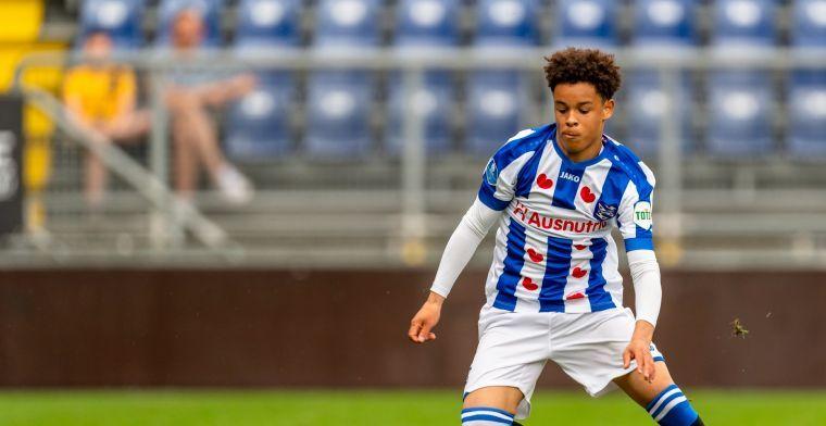 Ajax haalt Heerenveen-talent en geeft eigen jeugdspelers een contract