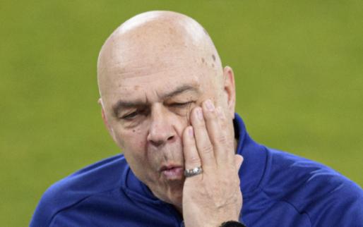 'Chaos bij Schalke 04: spelers stappen naar directie en willen ontslag trainer'