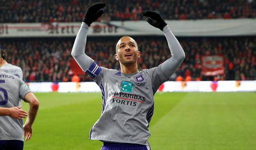 Ex-speler van Anderlecht en KV Mechelen denkt aan terugkeer: