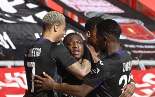 Anderlecht laat de fans vieren, Mauves Army zakt af naar Neerpede