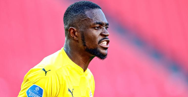 'PSV zou doelman Mvogo na één seizoen alweer kwijt kunnen raken'