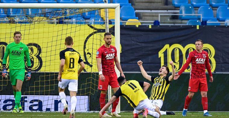 Strijd om plek 3 is ontbrand: Vitesse overwint tegen AZ Bazoer-sores en rode kaart