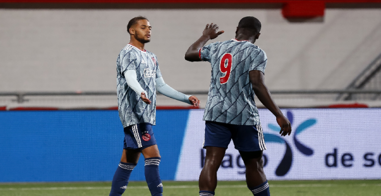 Rensch instrueert Ajax-routiniers: 'Had ik al met Martínez afgesproken'