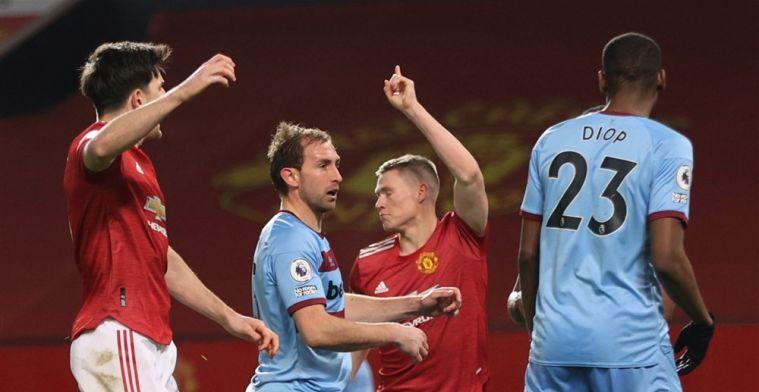 Man United wint door kolderieke eigen goal en slaat aanval op plaats twee af