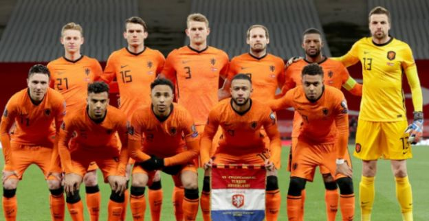 www.voetbalprimeur.nl