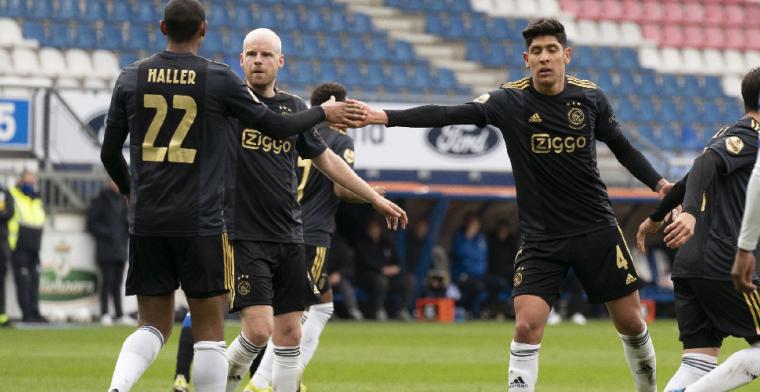 Ploeterend Ajax komt goed weg in Heerenveen en staat elf punten voor