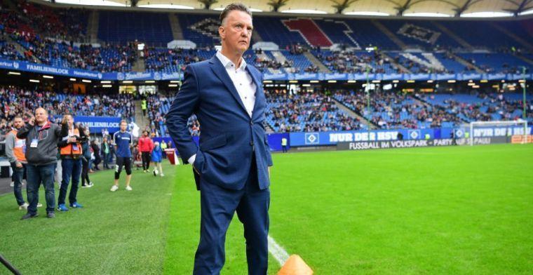 Van Gaal maakt gehakt van Dest: 'Ik zou helemaal gek worden in de kleedkamer'