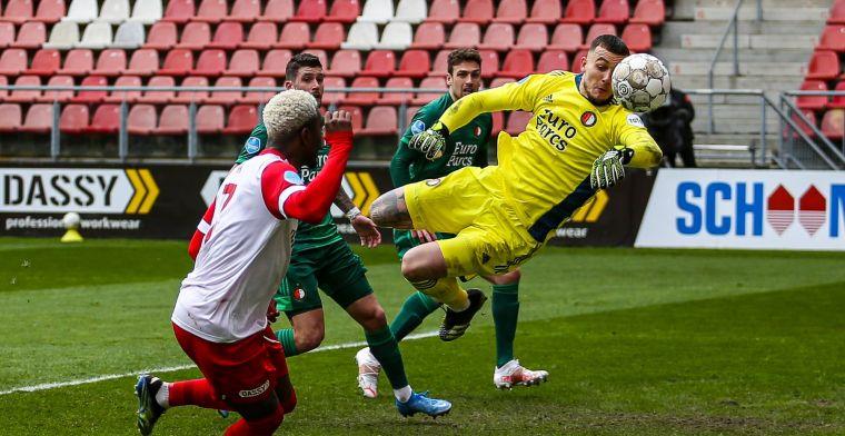 Bijlow valt weer uit: Feyenoord-doelman aangeslagen na botsing in blessuretijd