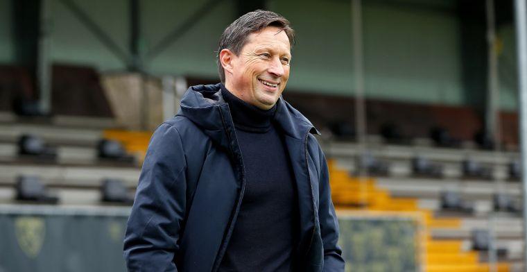 'PSV neemt standpunt in en rekent niet op tussentijds vertrek van Schmidt'