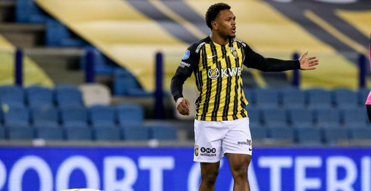 Openda (Club Brugge) breekt door bij Vitesse en geeft criticasters lik op stuk
