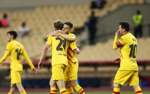 De Jong is gevierde man bij Barcelona: 'Een machine, wat wil je nog meer doen?'