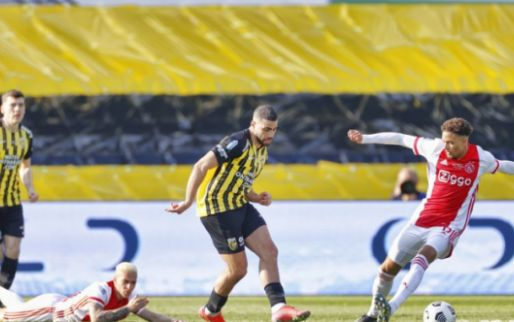 LIVE: Ajax wint KNVB Beker na rood Rasmussen en late goal Neres (gesloten)