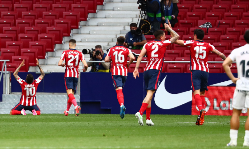 Afbeelding: Atlético Madrid is weer koploper van Spanje, FC Barcelona staat acht punten achter