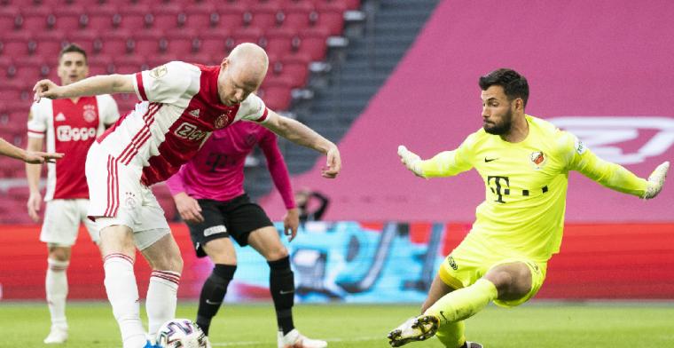 Lindhout legt veelbesproken Ajax-moment uit: 'Ik neig naar een doelpunt'