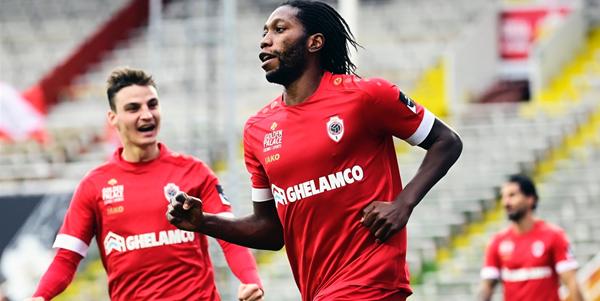 Anderlecht zet zinnen op aanvalsleider: 'Antwerp-spits Mbokani is plan B'
