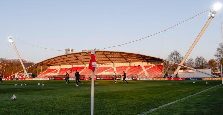 Ajax slaat toe in België: vijftienjarige middenvelder komt over van KAA Gent