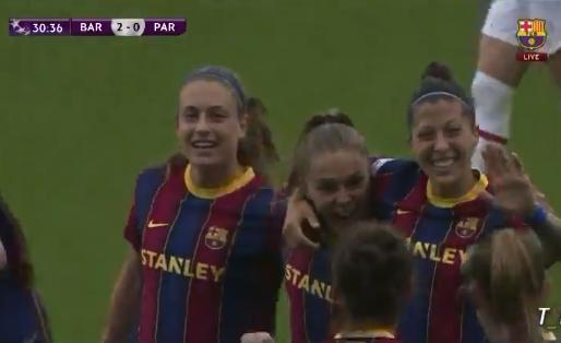 Must see: Martens schiet Barcelona met twee goals naar Champions League-finale