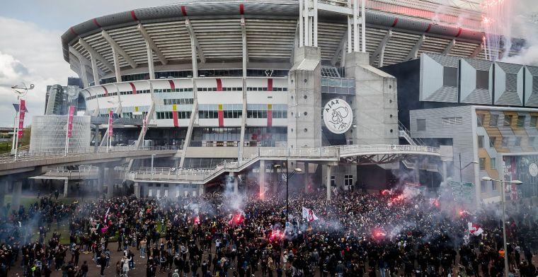 'Fotograaf belaagd en gewond geraakt bij huldiging, mogelijke klacht tegen Ajax'