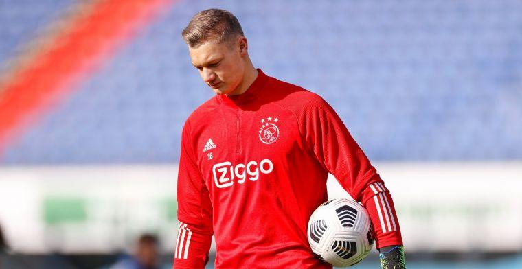 Ajax gaat Scherpen verhuren, doelman ziet optie: 'Voorwaarde dat ze erin blijven'