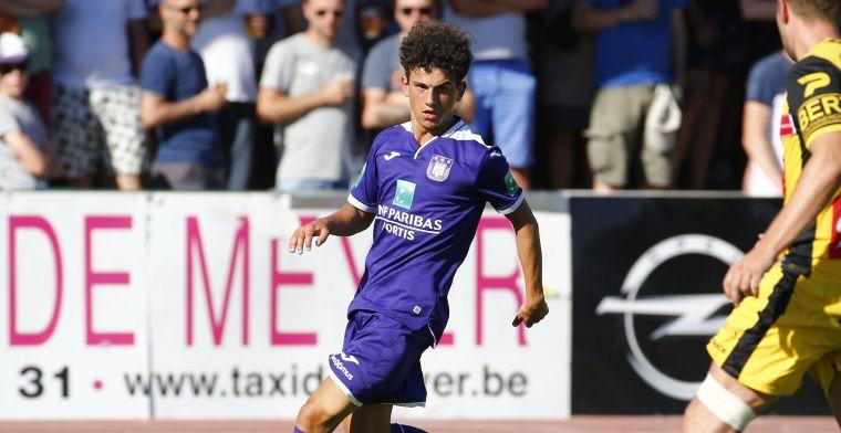 'Anderlecht houdt Leoni (21) uit handen van andere eersteklassers'
