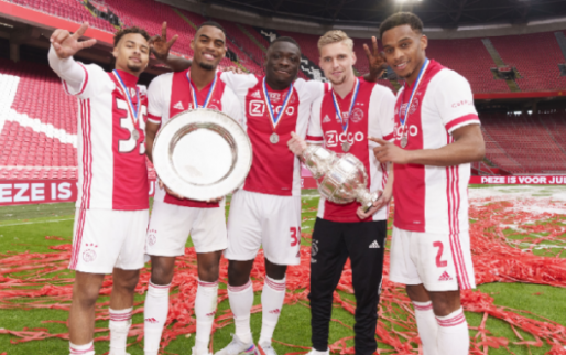 Ajax lijkt Brobbey te willen houden: 'Hij schijnt steeds minder tevreden te zijn'