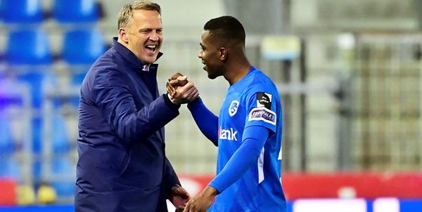 Van den Brom na triomf tegen Club Brugge: Het is te vroeg om dat nu te roepen
