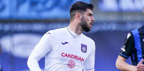 'Cobbaut onzeker voor Antwerp, 17-jarige kan startdebuut maken voor Anderlecht'